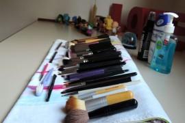 Como lavar e secar pincéis de maquiagem: fácil e eficiente!
